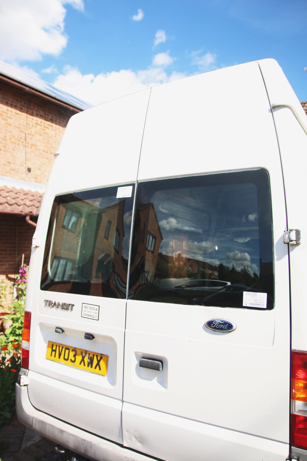 Van Conversion - How to Install Bonded Rear Windows Ford Transit