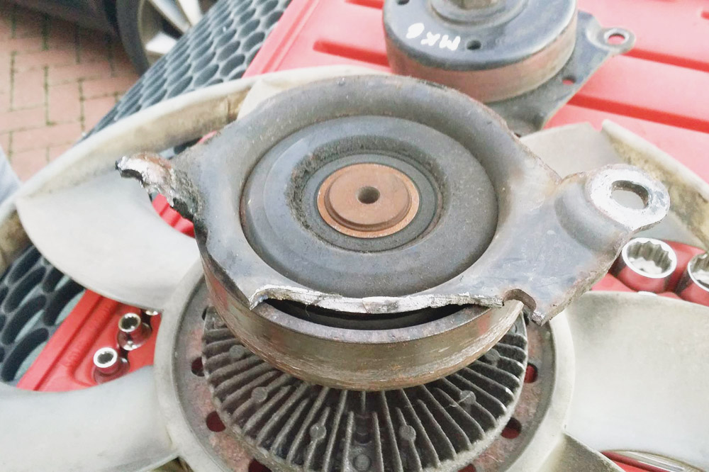 Van Conversion - Broken Fan